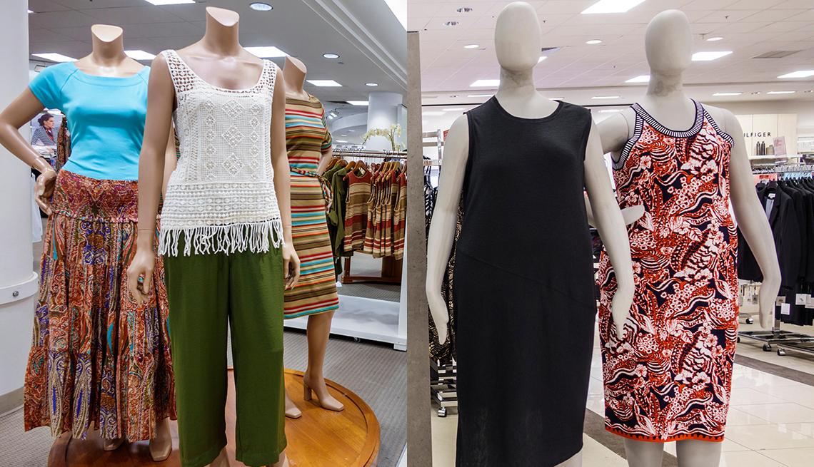 Varios maniqui con ropa de mujer unos con tallas normales y otros con tallas grandes