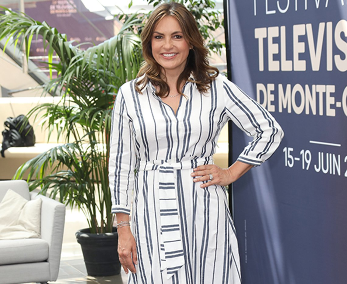 Mariska Hargitay in white-striped midi shirtdress.