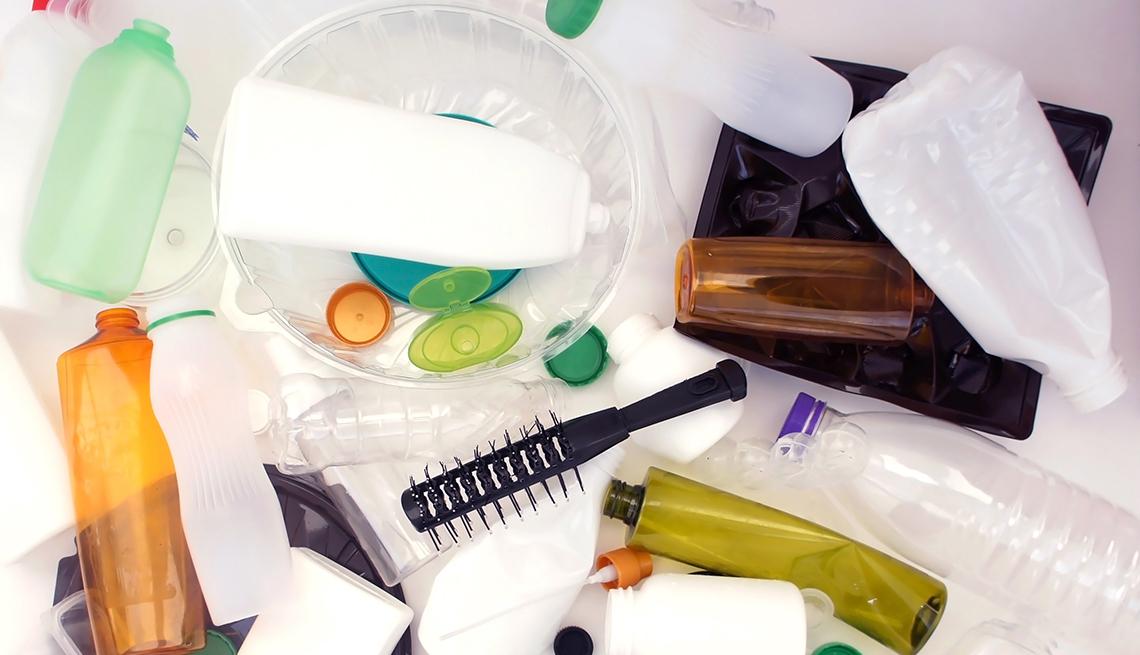item 10 of Gallery image - Frascos plásticos para embasar líquidos, y cepillo de cabello