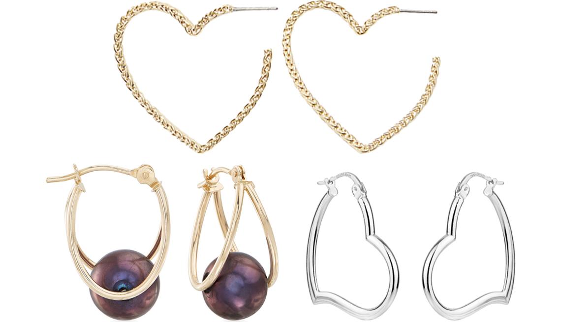 item 3 of Gallery image - Pendientes de aro Heart Rope de Loft (arriba); Cultured Pearl Double Hoop Earrings en oro amarillo de 14 quilates de Ross-Simons (abajo a la izquierda); Sterling Silver Heart Hoop Earrings de Forever New (abajo a la derecha).
