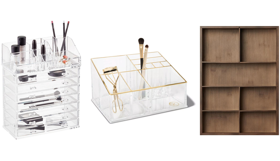 item 2 of Gallery image - (De izq. a der.) Organizadores Acrylic Makeup Organizer with Drawer de The Container Store; Countertop Makeup Tray Organizer de Sonia Kashuk; 7-Section In-Drawer Organizer de Marie Kondo.