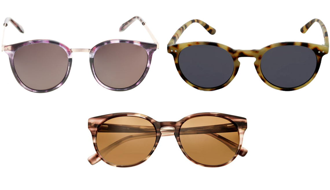 item 8 of Gallery image - (De arriba a la izquierda, en el sentido de las agujas del reloj) Gafas de sol redondas para mujer Combo de Foster Grant; gafas de sol redondas para mujer de Wild Fable con estampado de carey, en marrón; gafas de sol polarizadas de Simplify Clark.
