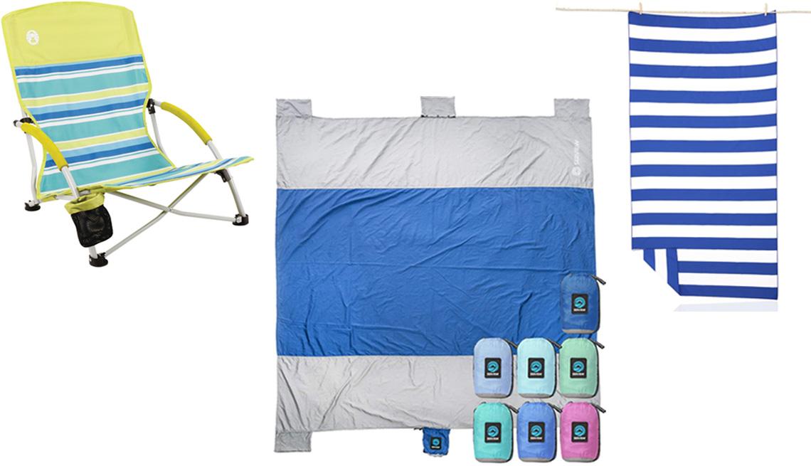 item 4 of Gallery image - (De izquierda a derecha) Silla de playa Lightweight Utopia Breeze de Coleman; esterilla de playa Seaview Beach Blanket de Wildhorn Outfitters en azul oscuro; toalla de playa Microfiber Beach Towel de Your Choice en el color B rayas azules.
