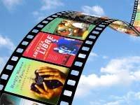 Cinta de película en que cada fotograma contiene la portada de un libro latino que ha sido, o puede ser, convertido en película