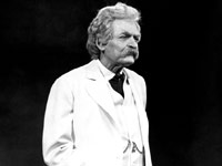 Hal Holbrook in one-man play Mark Twain Tonight, 1967