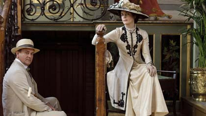 Downton Abbey Withdrawal: A Reading list to get through the painful months ahead until the show returns