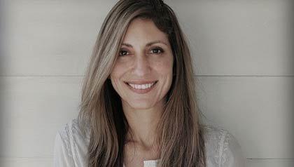 Foto de la escritora hispana Irene Vilar.