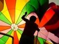 Persona con un paracaídas - Reseña del libro ¿De qué color es tu paracaídas?