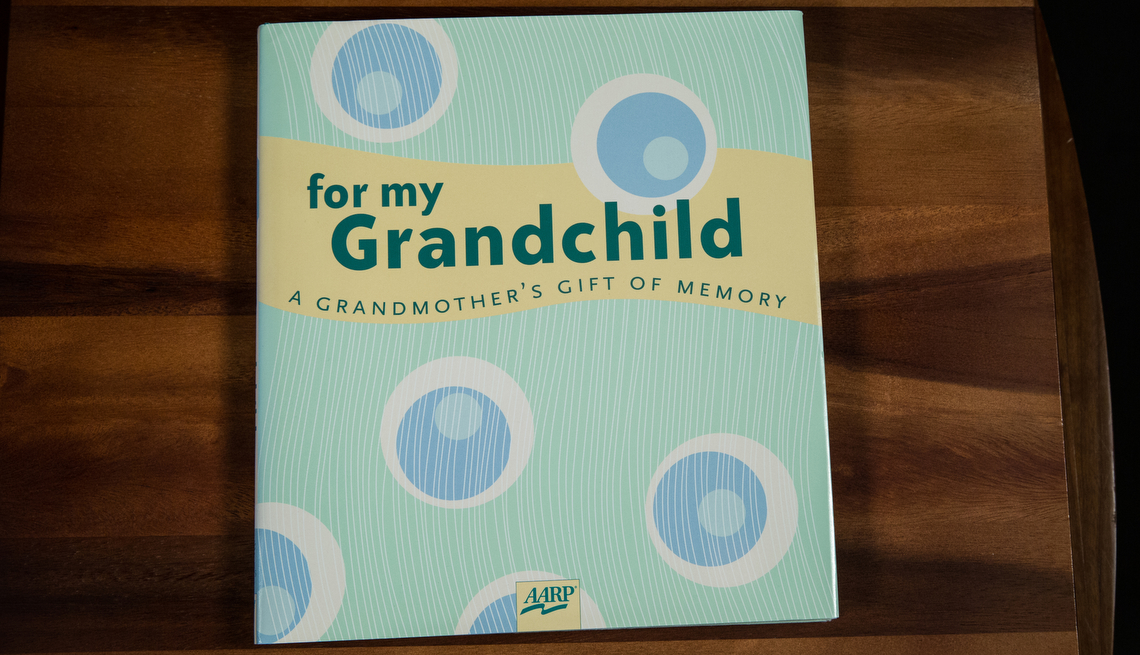 Book cover that reads For my grandchild a grandmother's gift of memory