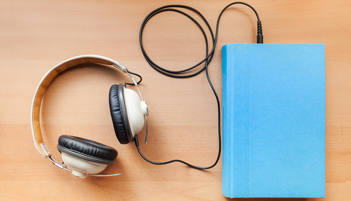 Audiobooks Rise in Popularity as Technology Improves