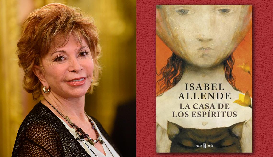 item 2 of Gallery image - La escritora Isabel Allende y la portada de su libro 'La casa de los espíritus'.