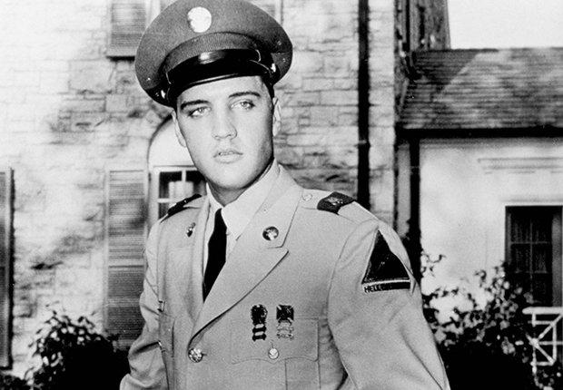 El rey del rock n roll en uniforme del ejército - Elvis Presley, 40 años de su muerte