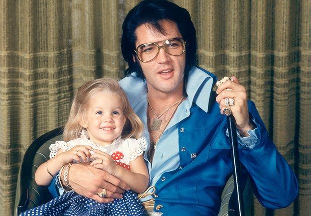 El rey del rock n roll con su hija Lisa - Elvis Presley, 40 años de su muerte