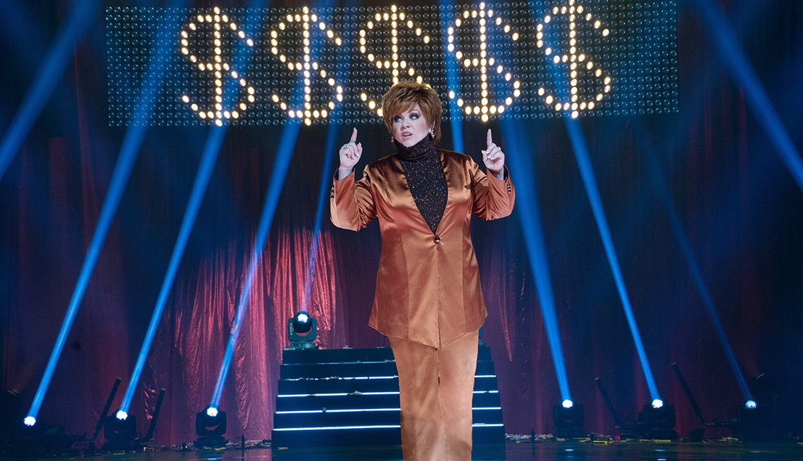 item 8 of Gallery image - Melissa McCarthy en The Boss