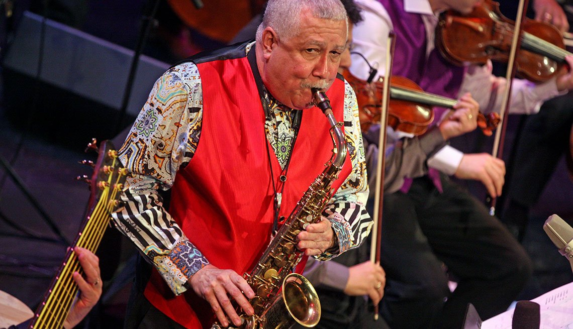 Paquito D'Rivera con el saxofón