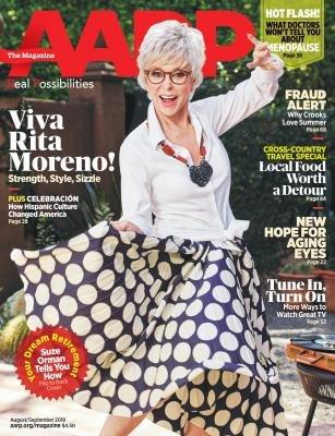 Rita Moreno en la portada de la revista de AARP