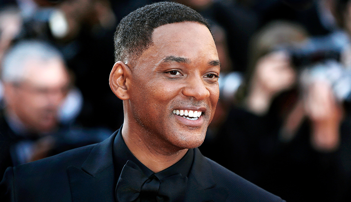 item 7 of Gallery image - Will Smith smiling