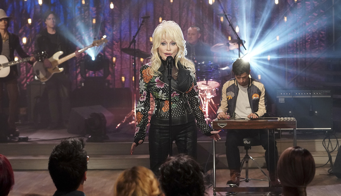 item 6 of Gallery image - Dolly Parton