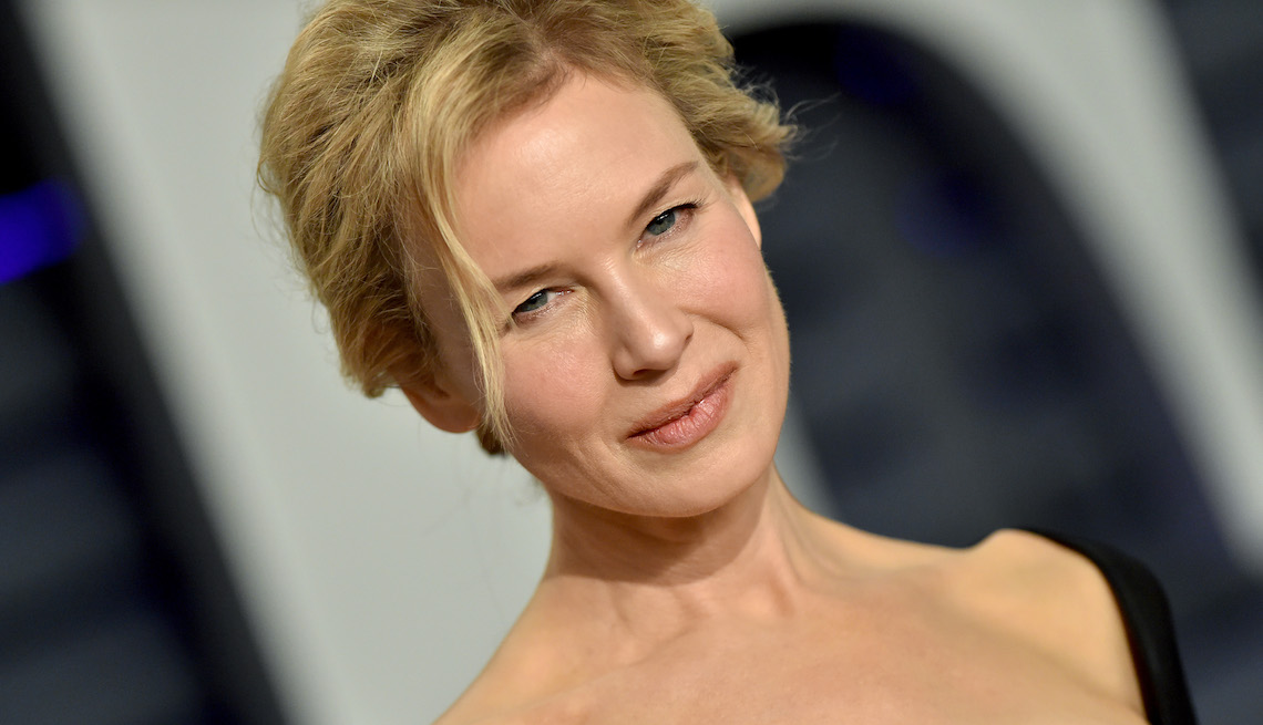 Renee Zellweger attends the 2019 Vanity Fair Oscar Party Hosted By Radhika Jones at Wallis Annenberg Center for the Performing Arts on February 24, 2019 in Beverly Hills, California.