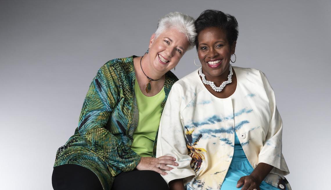 Paulette Dalpes, 56, Denver, Colorado, y Berenecea Eanes, 53, Jamaica, Nueva York.