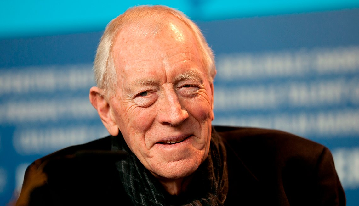 item 54 of Gallery image - Swedish born actor Max von Sydow attends the press conference for the movie Extremely Loud And Incredibly Close during the 62nd Berlin International Film Festival in Berlin Germany