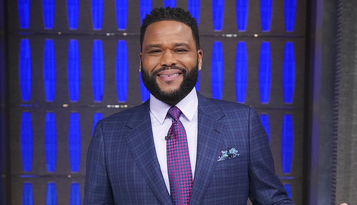 item 5 of Gallery image - Host Anthony Anderson on the set of To Tell the Truth