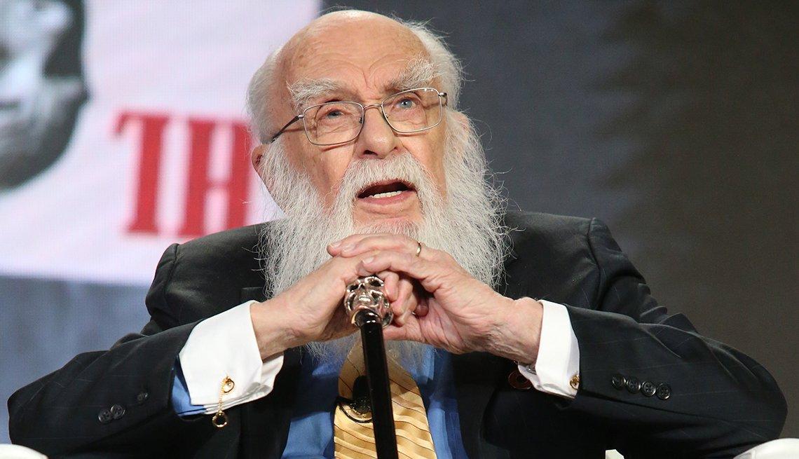 item 12 of Gallery image - Mago y escéptico James Randi.