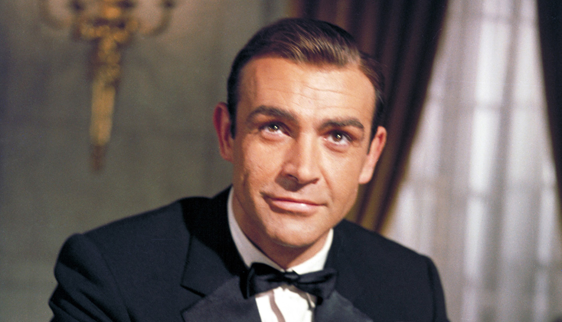item 11 of Gallery image - Sean Connery as James Bond in the film Goldfinger