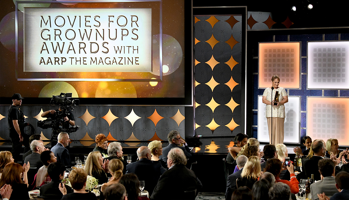 Movies for Grownups honra a Clooney con el premio a sus logros profesionales.