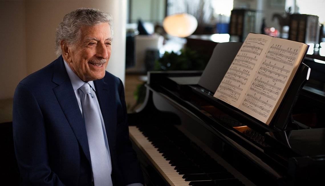 tony bennett at piano
