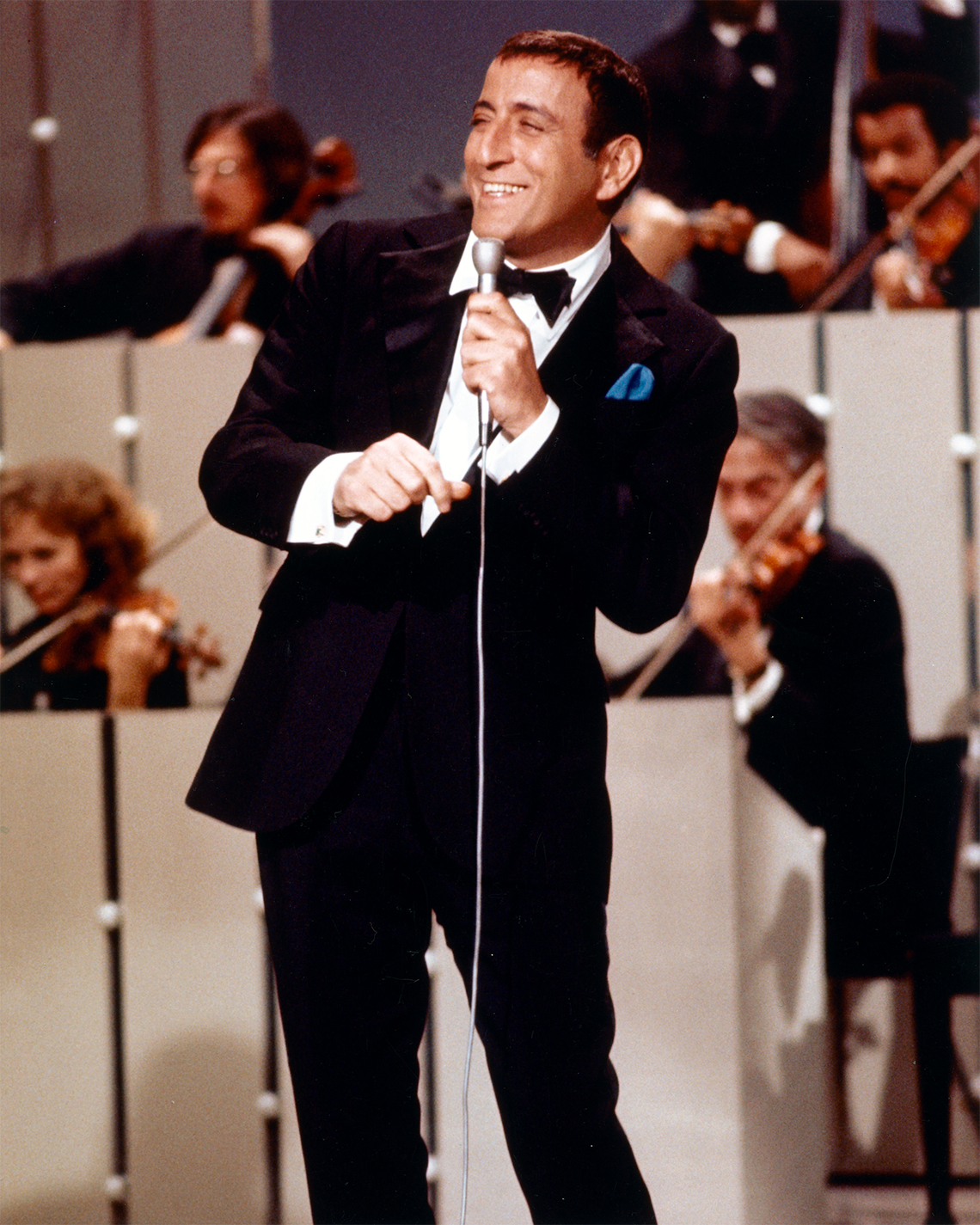 Tony Bennett en un concierto en 1965