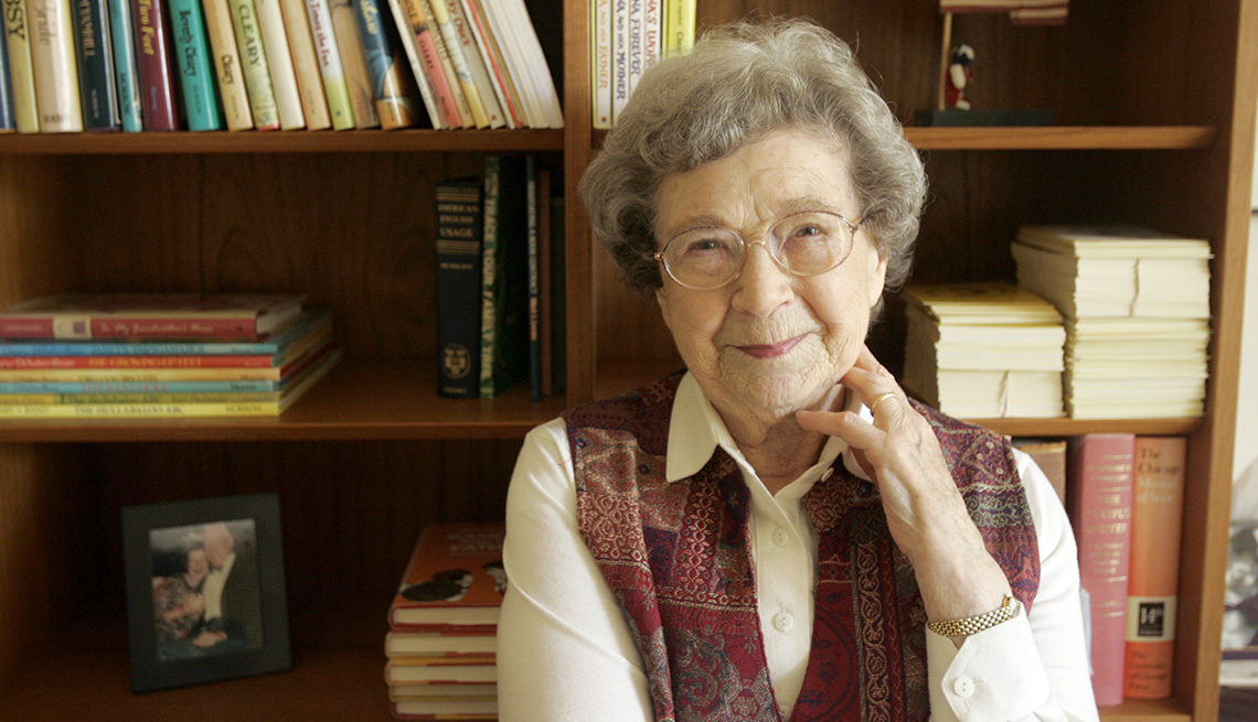 item 25 of Gallery image - La autora Beverly Cleary.