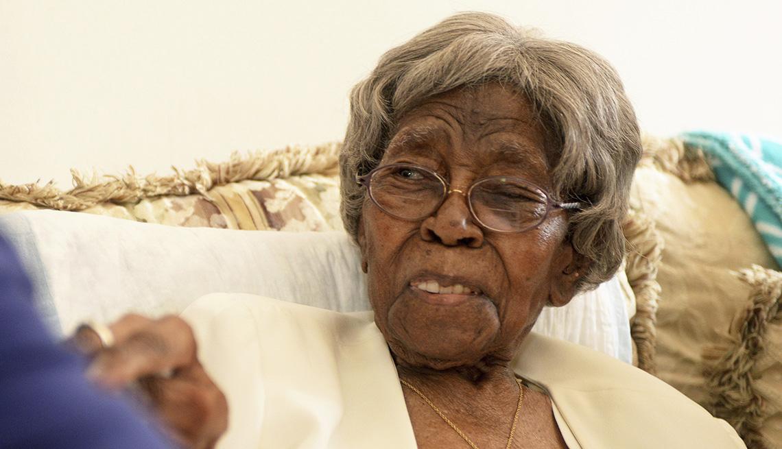 """item 21 of Gallery image - Hester Ford, la estadounidense de mayor edad cuando murió el sábado 17 de abril de 2021 en Charlotte, según el Grupo de Investigación en Gerontología, que rastrea a los """"supercentenarios""""."""