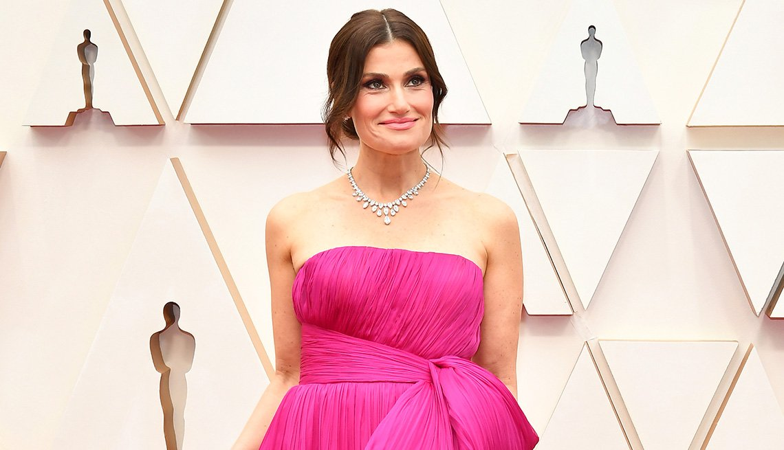 item 10 of Gallery image - Idina Menzel on the red carpet at the 92nd Annual Academy Awards