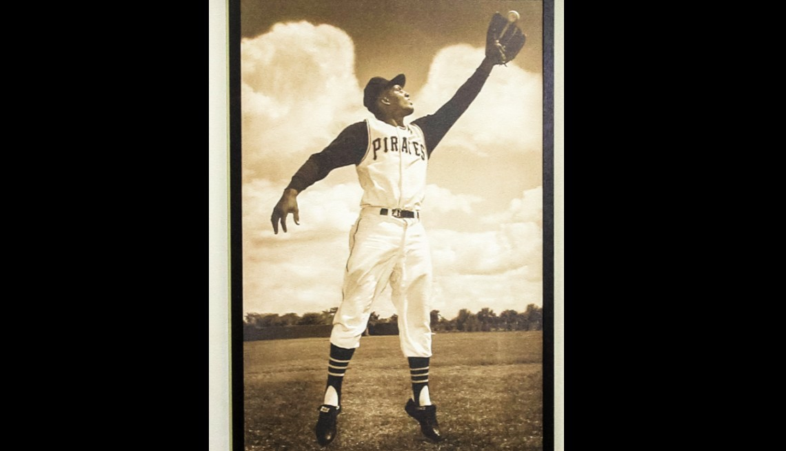 item 10 of Gallery image - One of Roberto Clemente's most famous photos known as Angel Wings