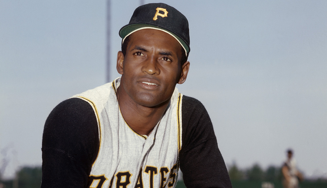 Roberto Clemente in uniform for the Pittsburgh Pirates in 1968