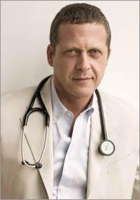 Dr. Alejandro Junger autor del libro Clean.