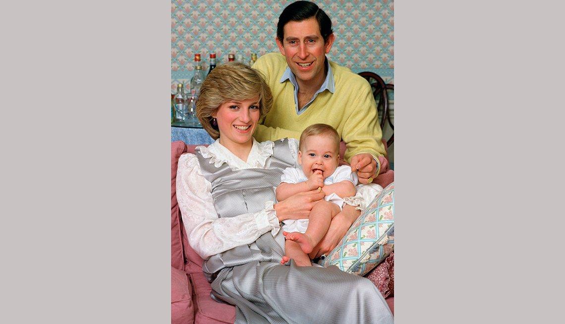 Príncipes de Wales, con el príncipe William cuando era un bebé