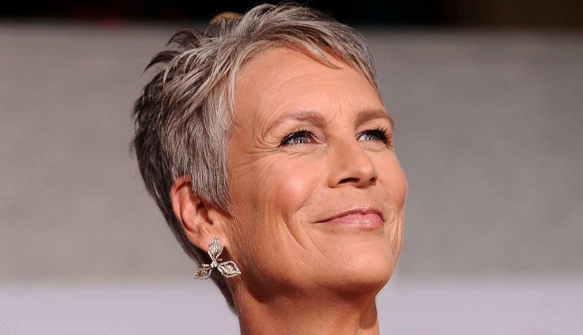 Going Gray Is Suddenly Glamorous Fashion Beauty