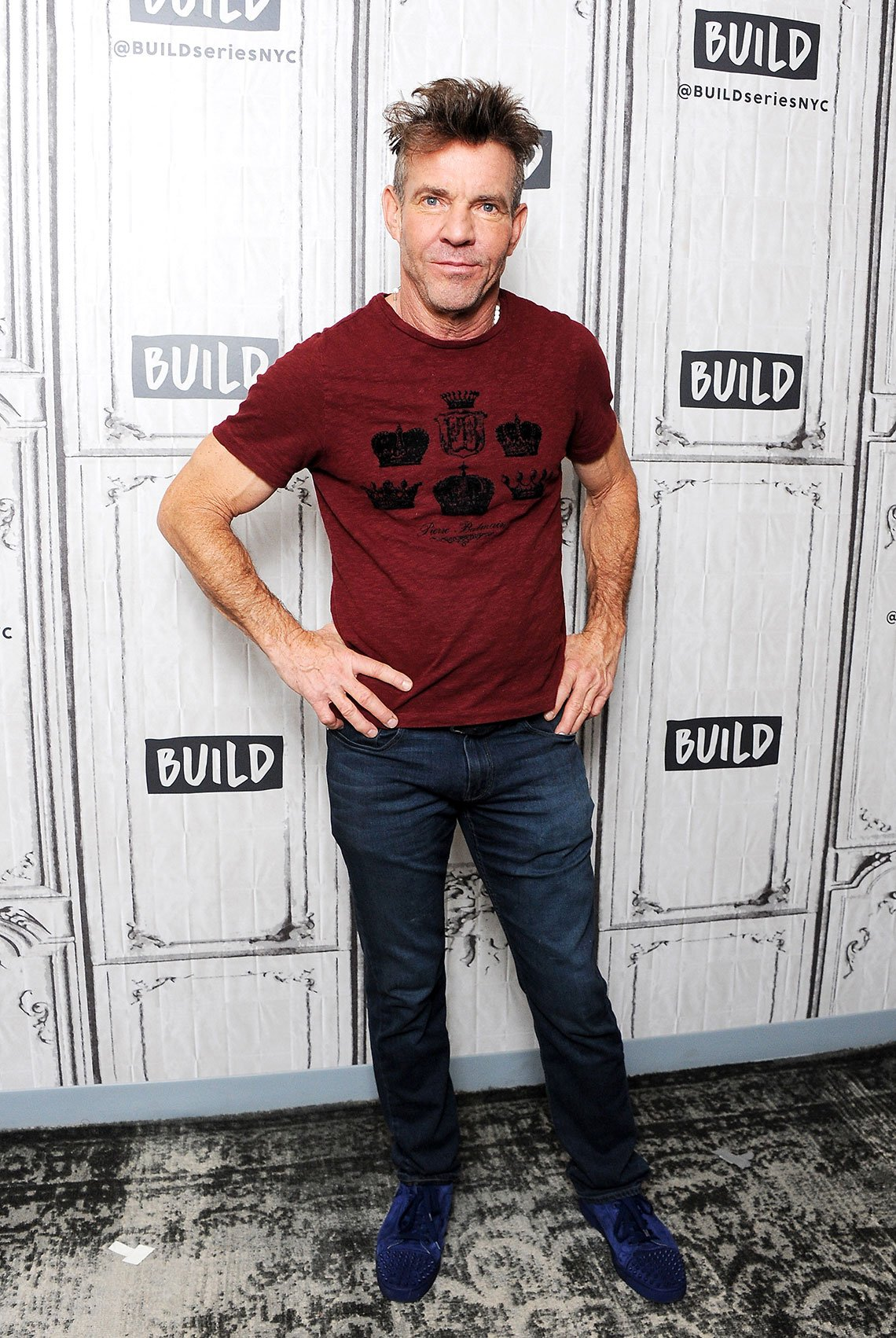 item 2, Gallery image. Dennis Quaid in straight dark jeans, tee and sneakers