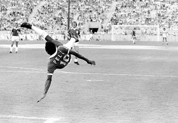 Pelé durante un partido con el New York Cosmos en 1977.