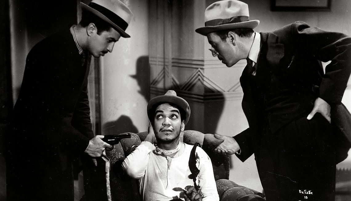 "item 2, Gallery image. Cantinflas in the 1940 movie ""Ahí Está El Detalle"" directed by Juan Bustillo Oro."