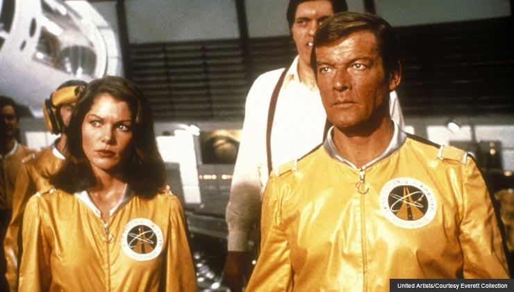 Moonraker, Lois Chiles, Richard Kiel, Roger Moore, 1979