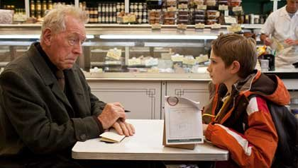 Max Von Sydow y Thomas Horn en una escena de la película: 'Extremely Loud & Incredibly Close'