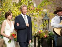 Elisabeth Moss and Kevin Kline star in
