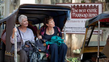 "Judi Dench as ""Evelyn"" and Celia Imrie as ""Madge"" in THE BEST EXOTIC MARIGOLD HOTEL."