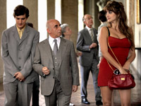 Left to Right: Alessandro Tiberi as Antonio, Roberto Della Casa as Uncle Paolo and Penélope Cruz as Anna