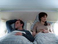 Jude Law y Rachel Weisz en la película: 360
