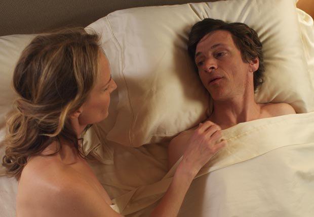 Helen Hunt y William H. Macy en la película The Sessions -  Las 10 mejores películas del 2012