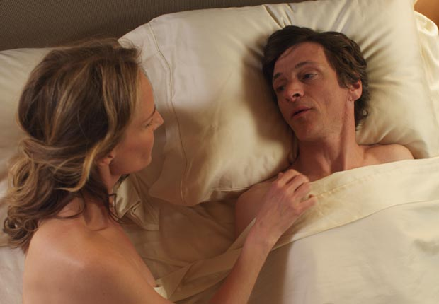 Helen Hunt and William H. Macy in The Sessions